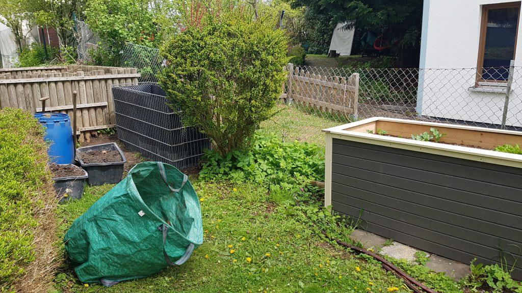 Hochbeete im Nachbarschaftsgarten